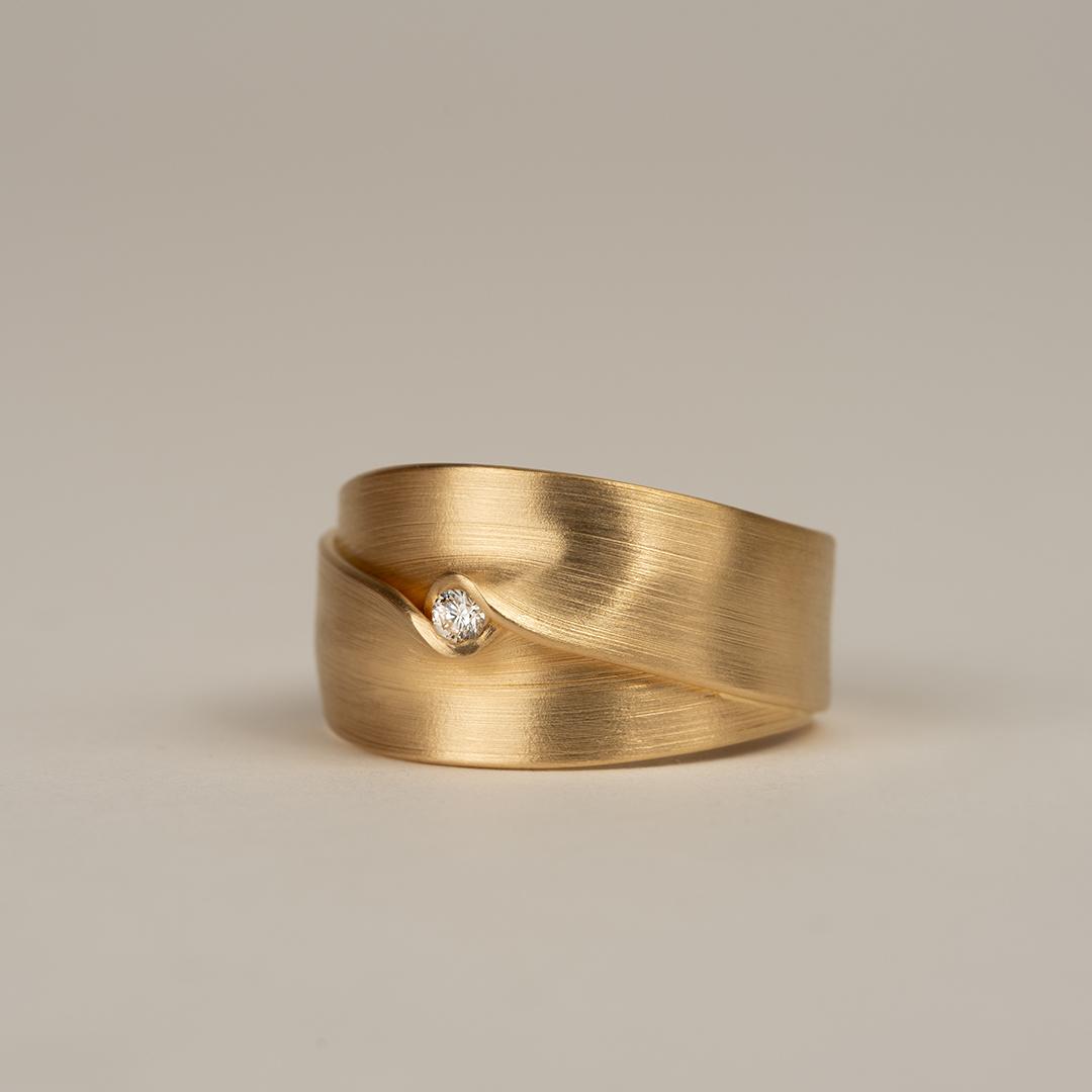 No. 1 – ring fold