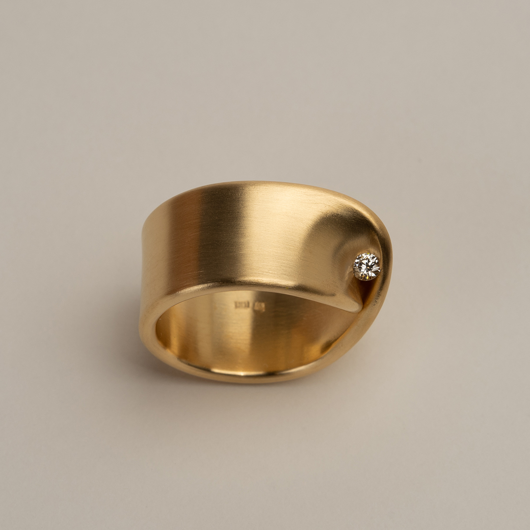 No. 19D – ring twist