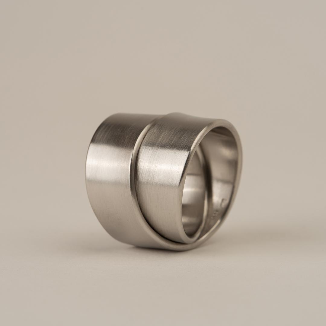 No. 1L – ring fold