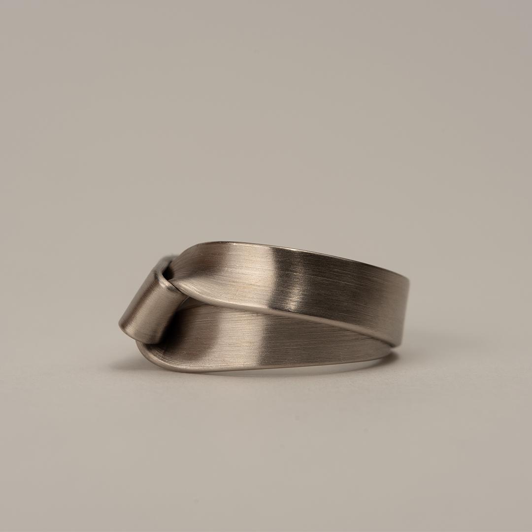 No. 40 – ring fold