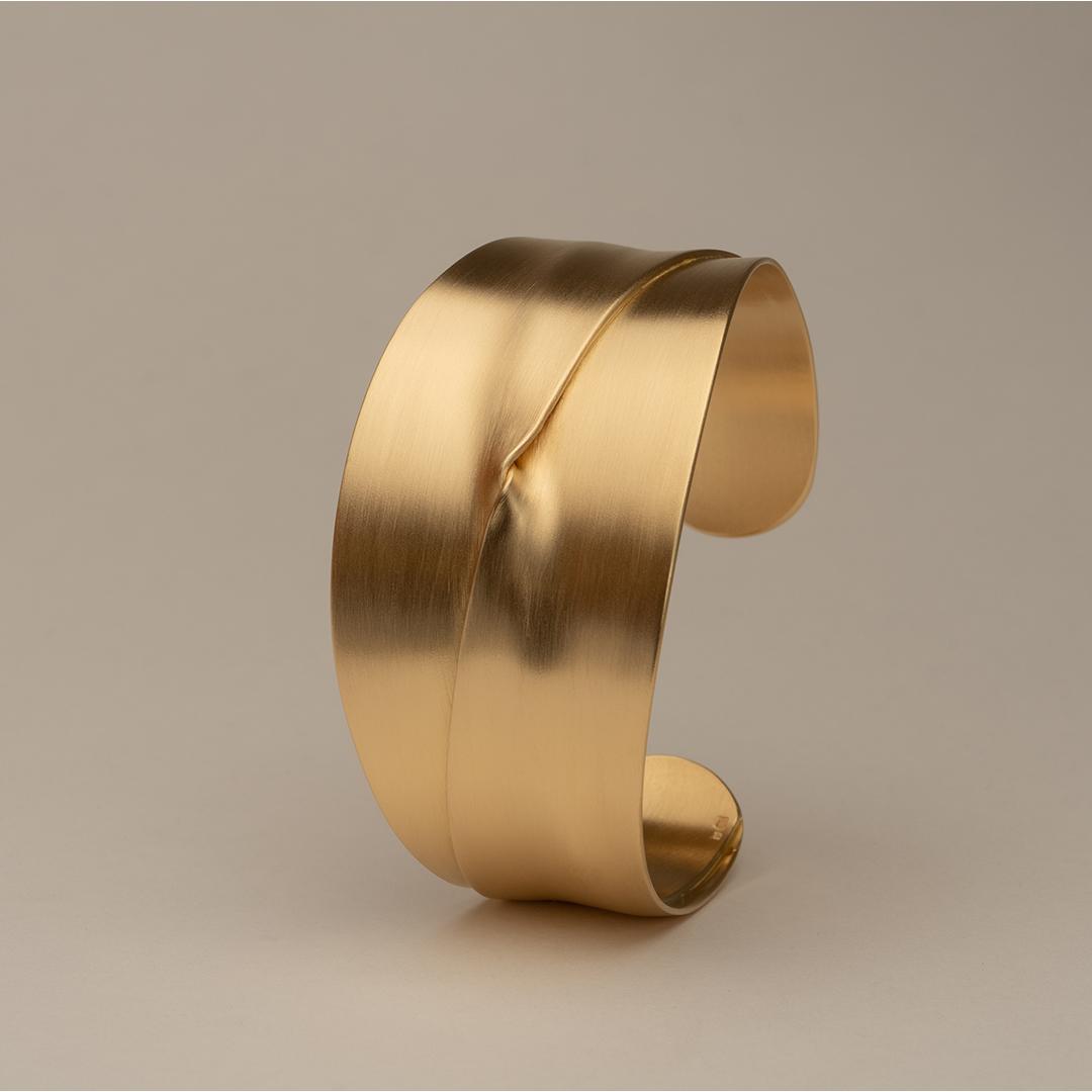 No. 6 – cuff fold