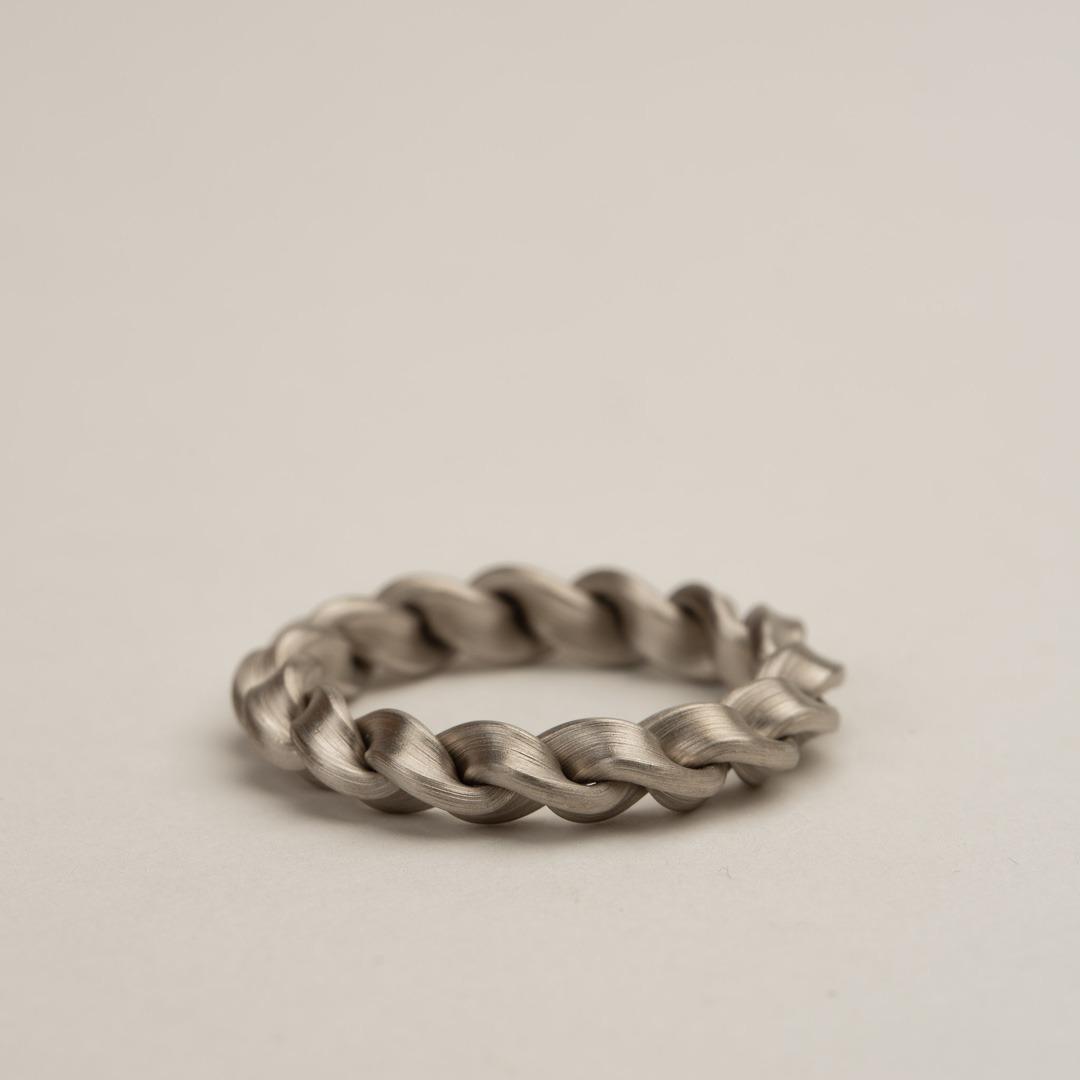 No. 43 – single braid